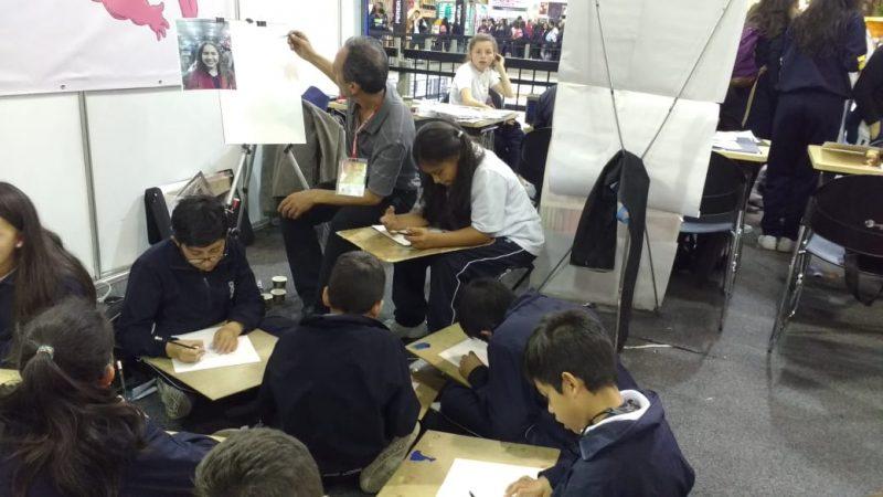 LABORATORIO DE DIBUJO PARA ESTUDIANTES DIRIGIDO POR EL ARTISTA FREDDY SANGUINO